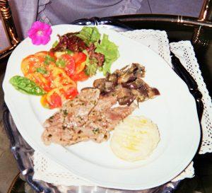 scamone-in-salsa-di-funghi