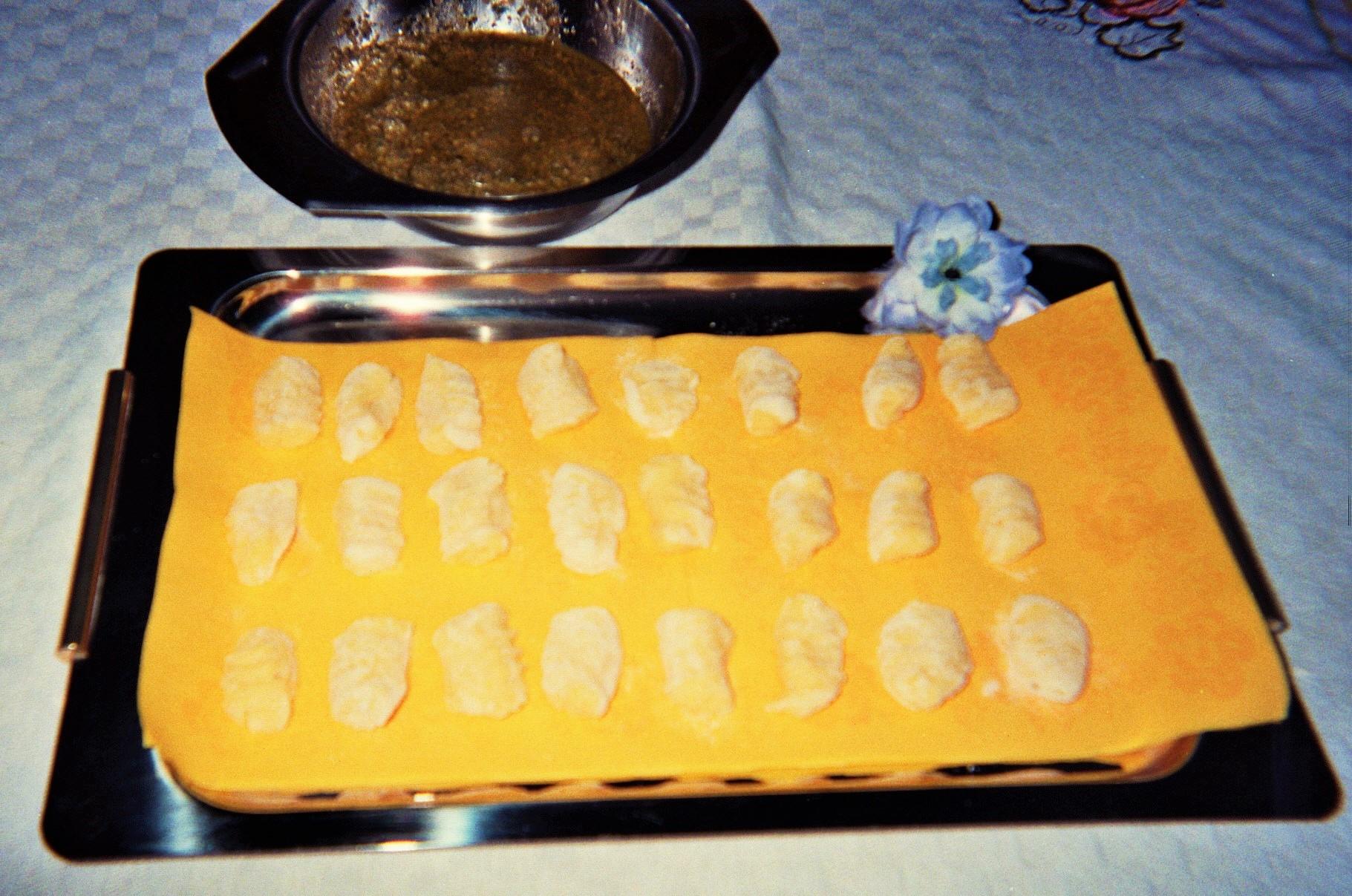 gnocchi di fagioli grossi di spagna e scalogni