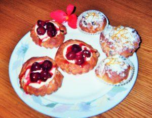 dolcetti-alluva-ciliege-pere-e-crema-di-latte